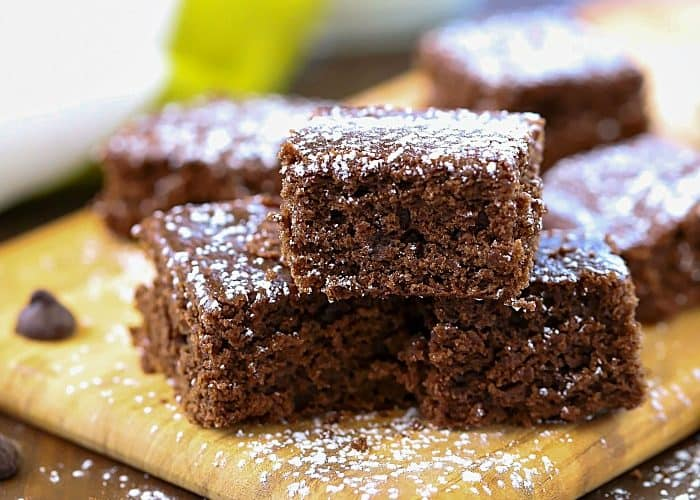 You won't believe that these Weight Watchers Brownie Bites have only 2 WW points and 103 calories! They're delicious!