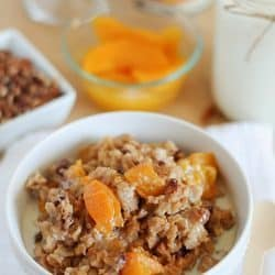 Slow Cooker Peach Oatmeal