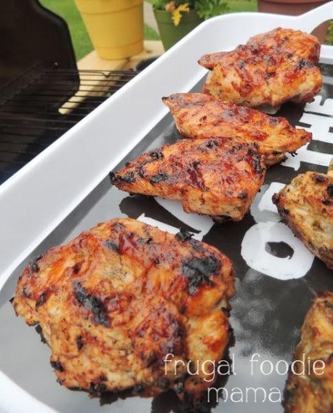 Mango Chipotle BBQ Sauce - www.thefrugalfoodiemama.com