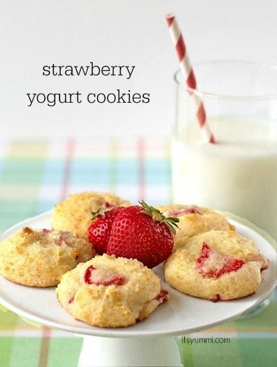 Strawberry Yogurt Cookies by It's Yummi