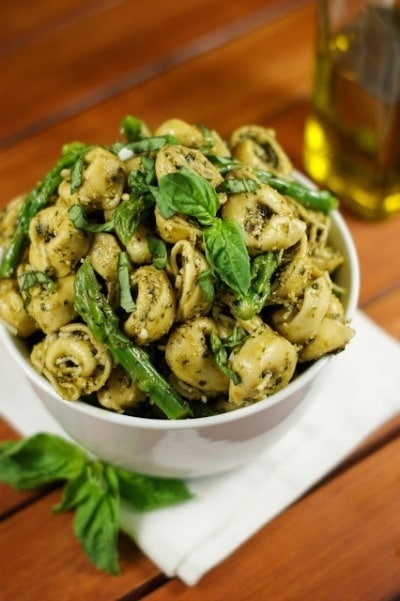 Pesto Tortellini Salad with Asparagus - The Kitchen is My Playground