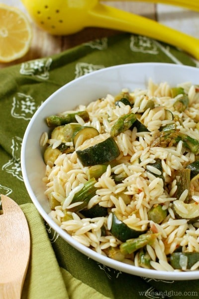 Orzo Pasta Salad with Asparagus and Zucchini - Wine and Glue