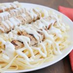 Light Chicken Alfredo - vegetarian, healthy, delicious meal the whole family will love! #beyondmeat