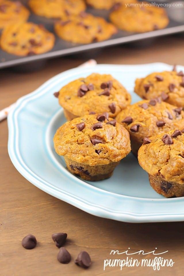 The BEST pumpkin mini muffins you'll ever make! {via yummyhealthyeasy.com}
