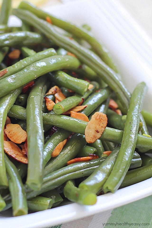 Lemon Green Beans Amandine - an easy and delicious side dish!