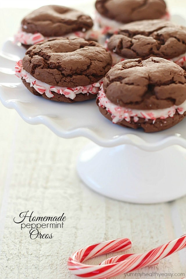 Homemade Peppermint Oreos - easy cake mix cookies with a yummy peppermint filling! They make a simple but unique holiday treat.