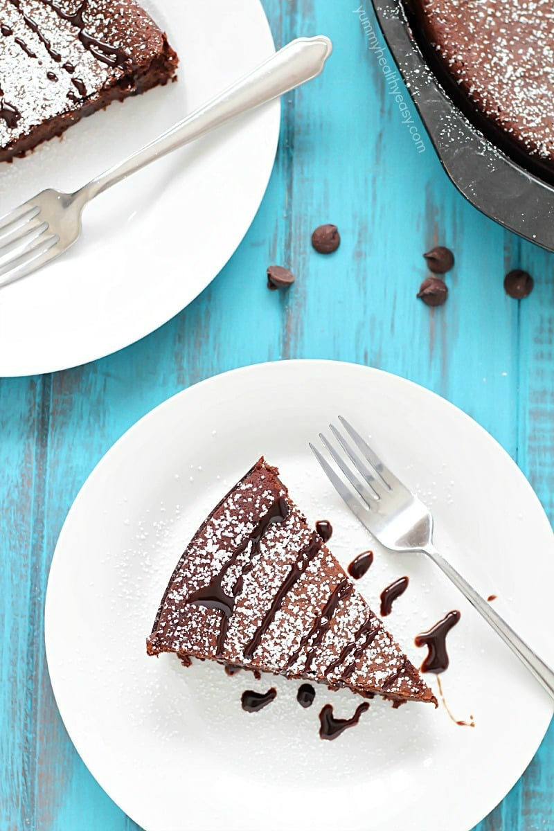 Flourless Chocolate Cake - Yummy Healthy Easy