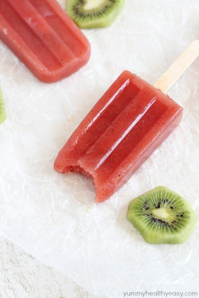 Watermelon Kiwi Popsicles - A healthy treat for the hot summer days.