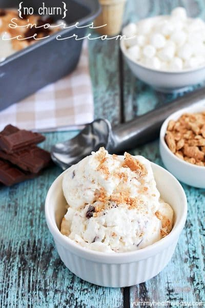 Creamy vanilla ice cream made without a machine + graham crackers, marshmallow fluff & chocolate for a yummy s'mores dessert!