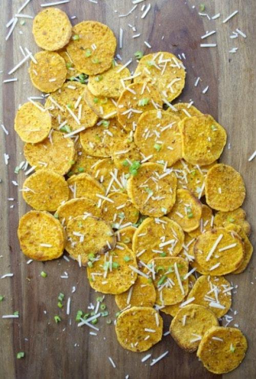 Crispy Garlic Roasted Sweet Potatoes by Maebells