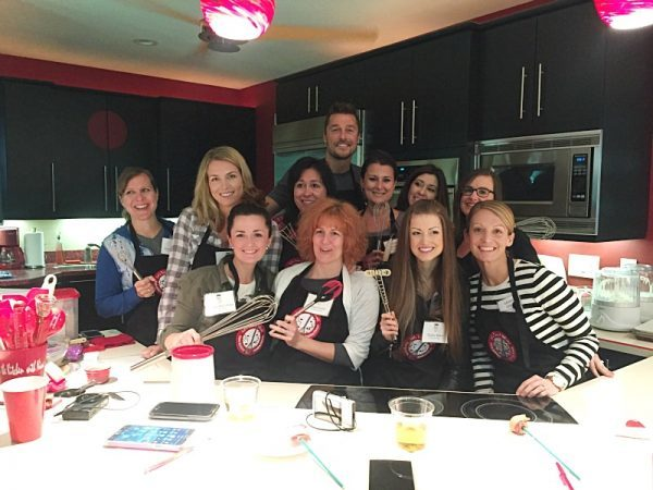 Bachelor Chris Soules and all the ladies of the Pass the Pork Blog Tour!
