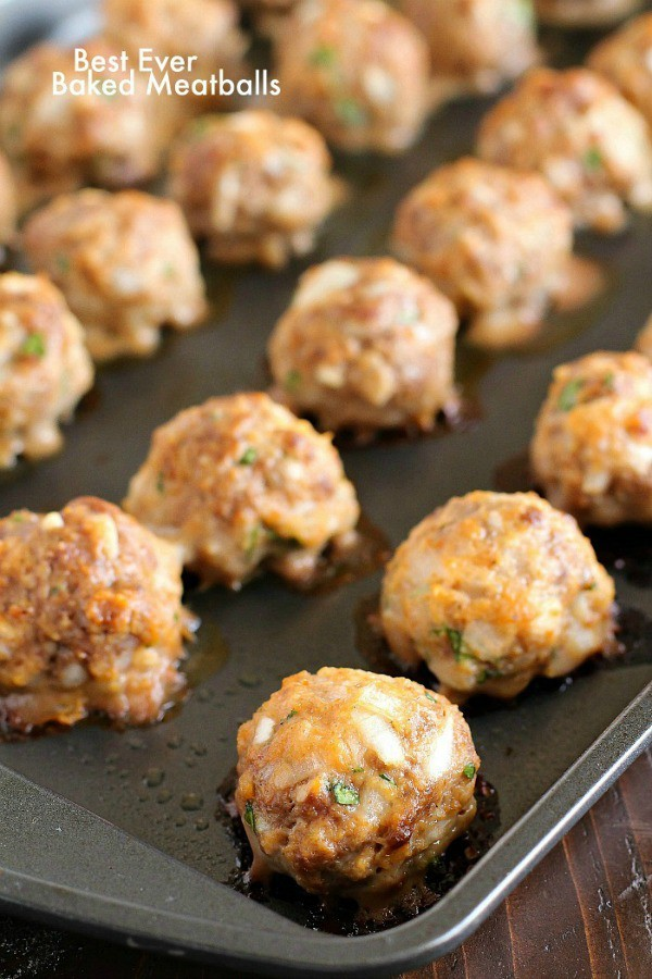 Easy Baked Meatballs that are some of the best ever meatballs in the history of all meatballs! Such a simple and easy meatball recipe. Very tender and flavorful!