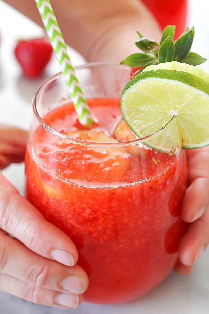 Strawberry Limeade to quench your thirst on a hot summer day! This drink recipe is a copycat of The Habit Burger Grill's Strawberry Limeade recipe. It's easy to make and lower-sugar thanks to Truvía® sweeteners! Definitely a must-make drink! AD