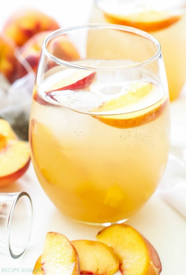 Light, refreshing and perfect for those summer peaches! This Peach Green Tea Vodka Spritzer is sure to become your favorite summer sipping cocktail!