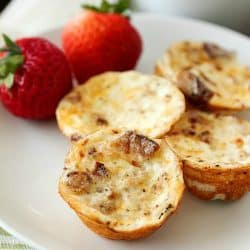 Healthy Mini Bacon Egg Muffins