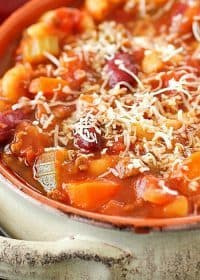 Pasta e Fagioli, which means pasta & beans in Italian, is an easy soup recipe full of beans, ground beef, a little bit of pasta and a lot of flavor! This Olive Garden copycat is a great dinner recipe for any night of the week!