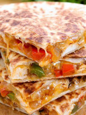 Cheesy Chicken Fajita Quesadilla