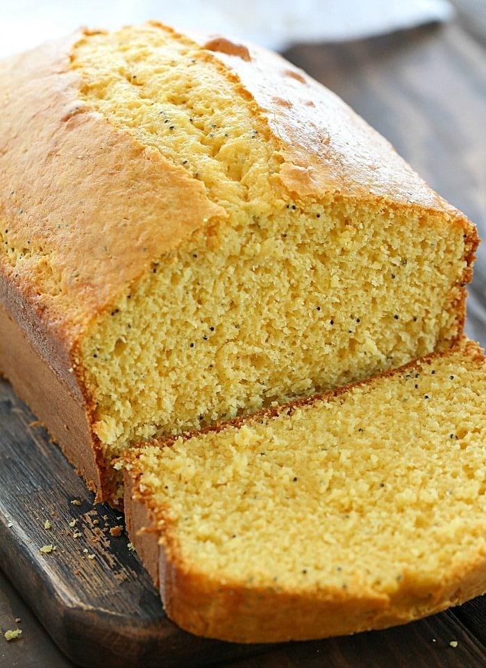 Easy 6-Ingredient Poppy Seed Cake