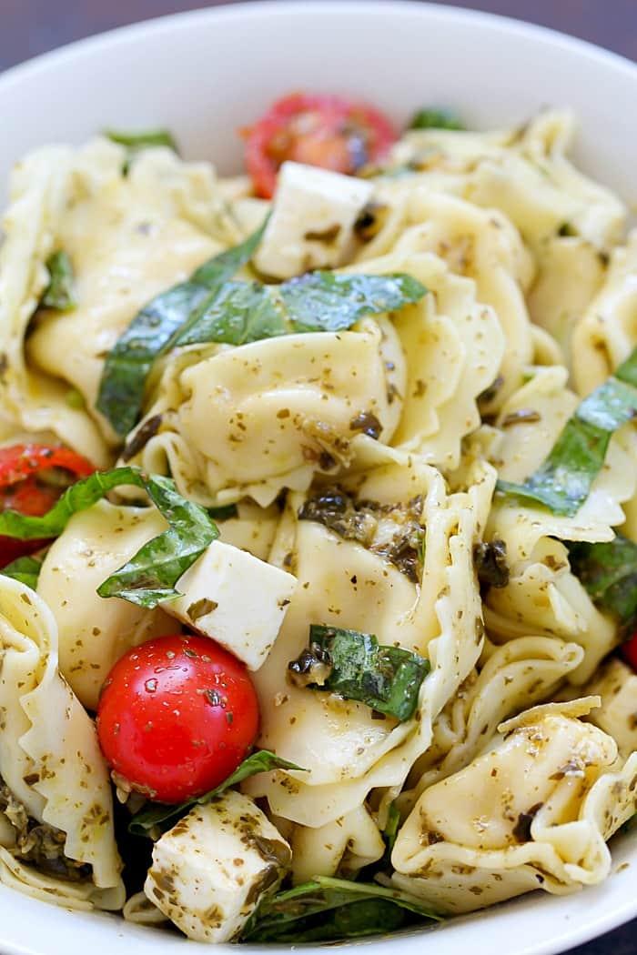 Easy & Flavorful Tortellini Pesto Salad!