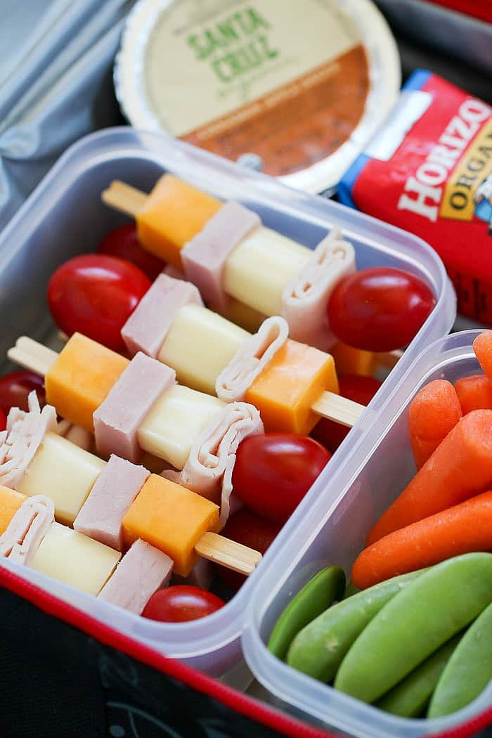 Cheese & Turkey Kebabs are a fun lunchbox idea for the whole family!