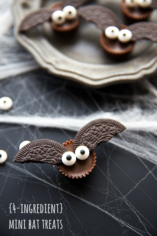 Easy 4-Ingredient Bat Treats - 21 Cute Halloween Snacks for Kids!