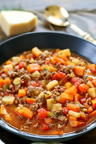 Need a quick comfort food dinner but short on time? This Easy Vegetable Beef Soup Recipe is the answer to your dilemma! AD