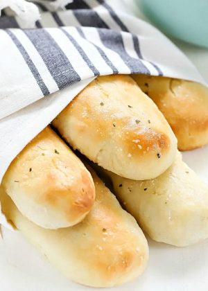This Easy Homemade Breadsticks Recipe is my favorite bread side dish!