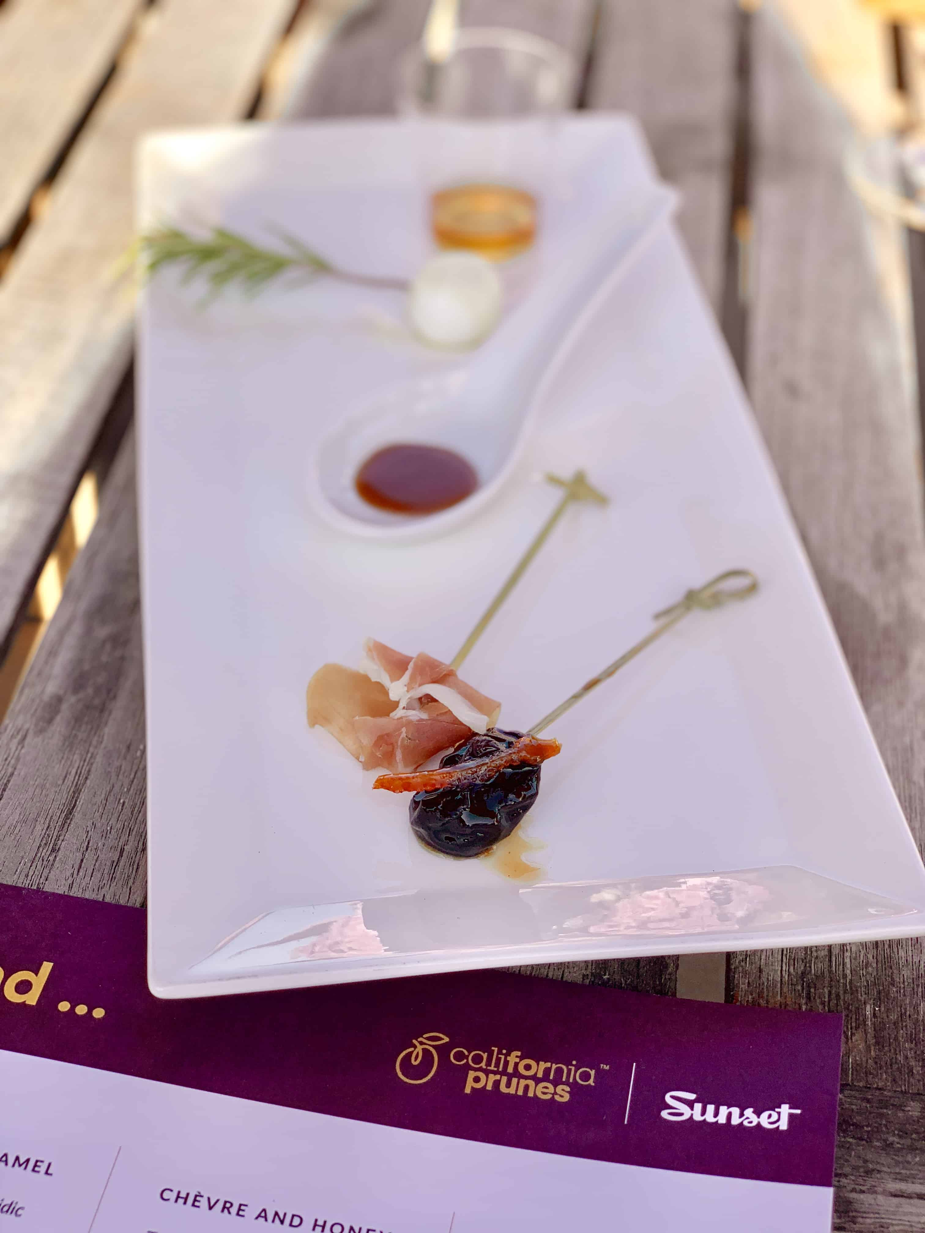 White plate with different ingredients to try with prunes.